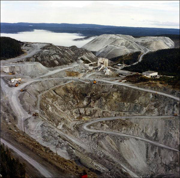 Advocate Asbestos Mine at Baie Verte.  Courtesy of the Department of Natural Resources, St. John's, NL.