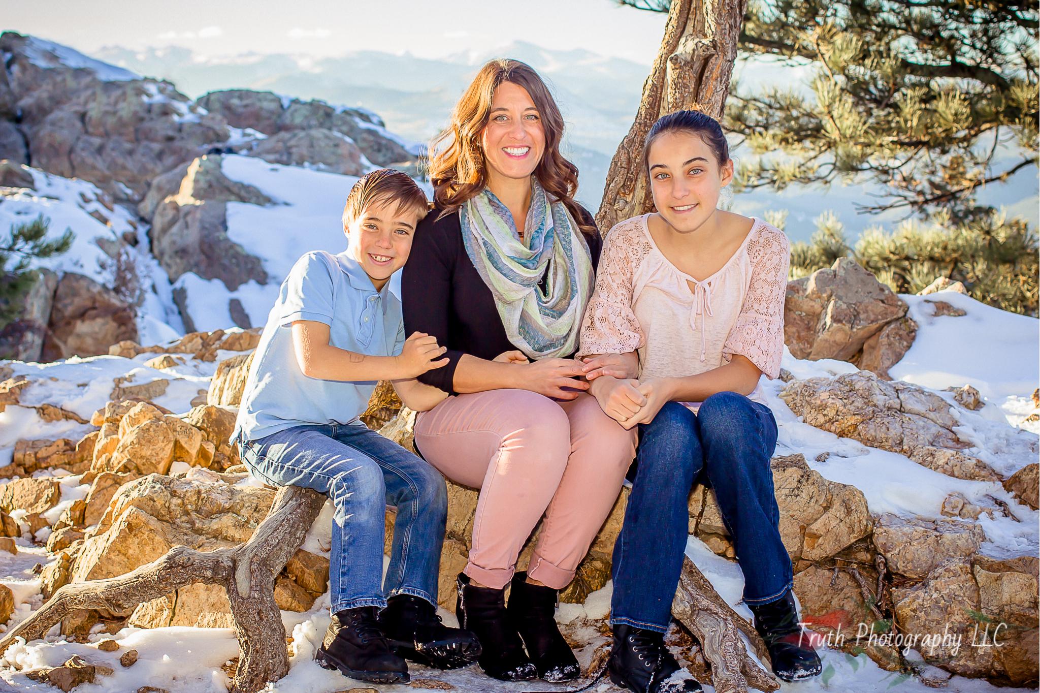 Truth-Photography-Colorado-Mountain-family-photos.jpg