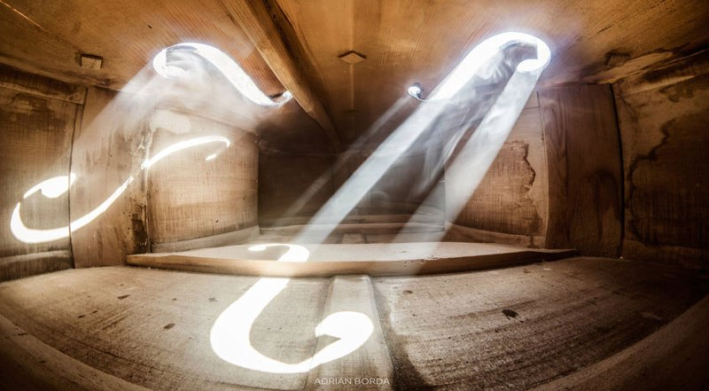 photos-inside-a-cello-5.jpg