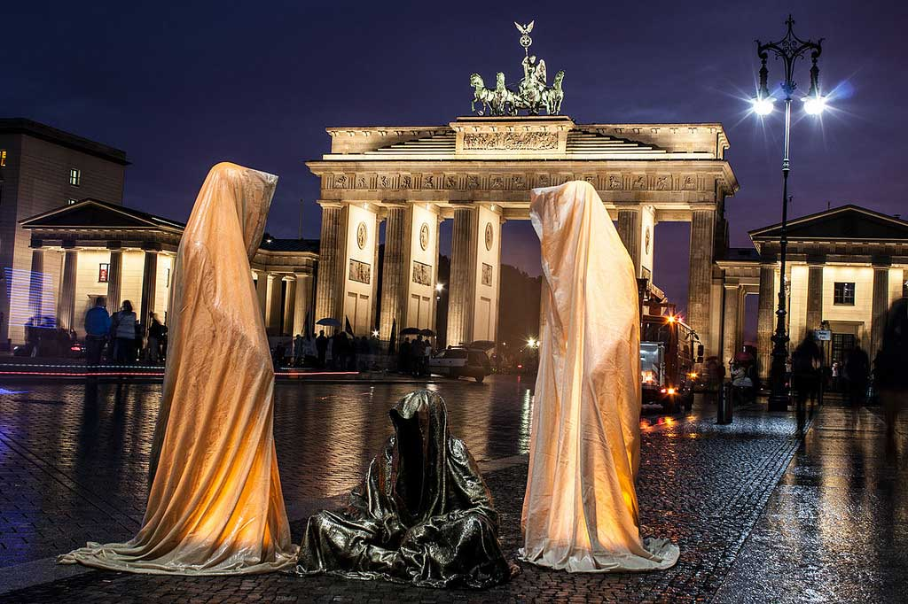 Guardians of Time by Manfred Kielnhofer, Berlin. Photo:   kielnhofer.at