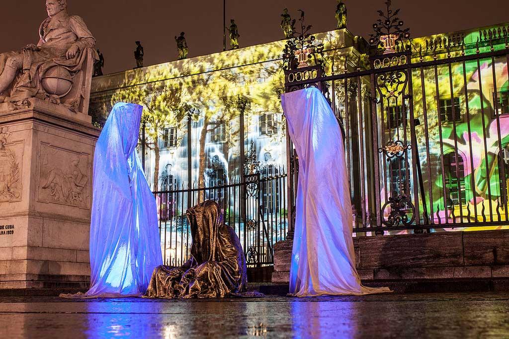 Festival of Lights Berlin Humboldt Universität Guardians of Time by sculptor Manfred Kielnhofer. Photo:   kielnhofer.at