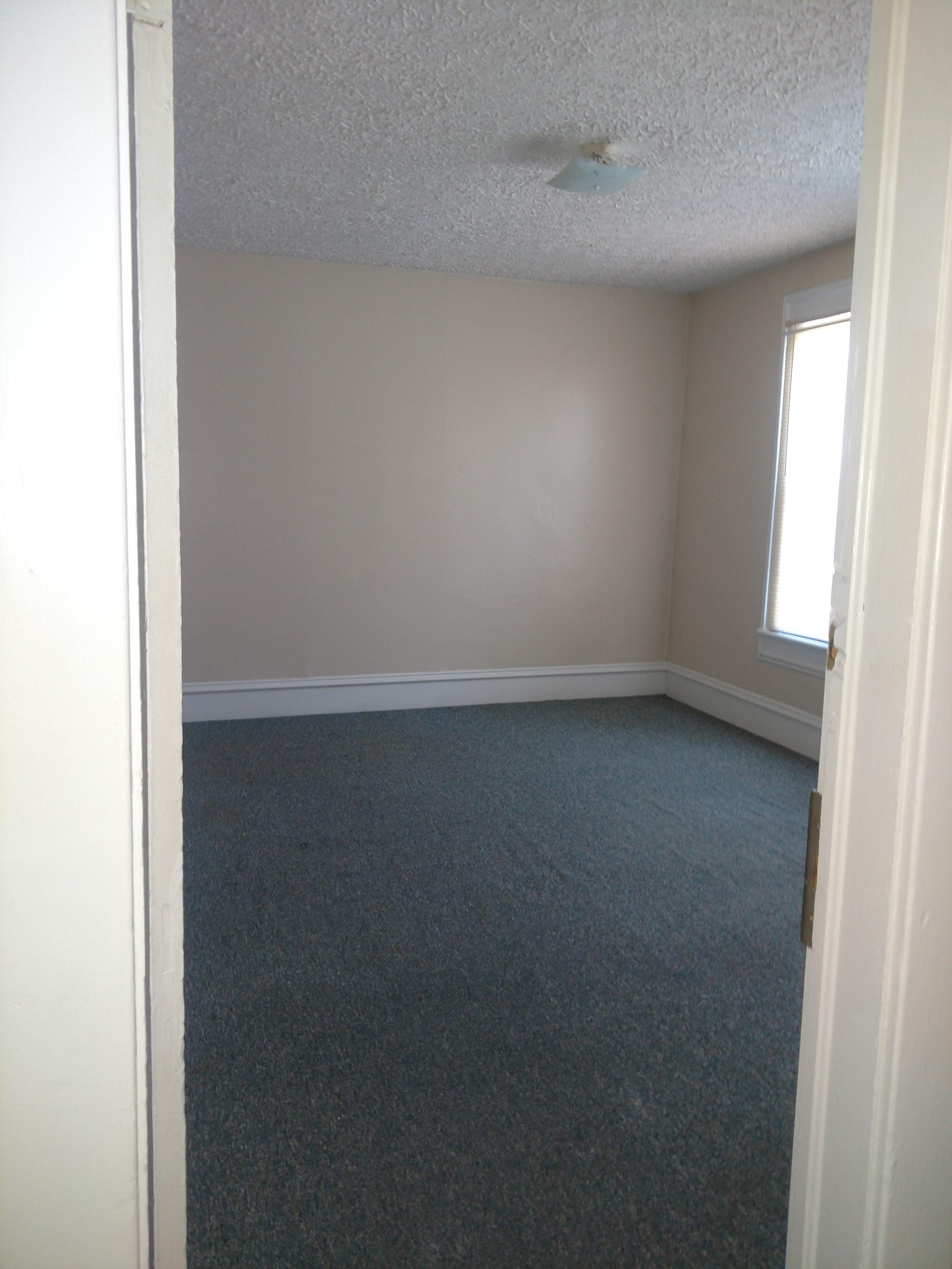 597 bed 2 18.jpg