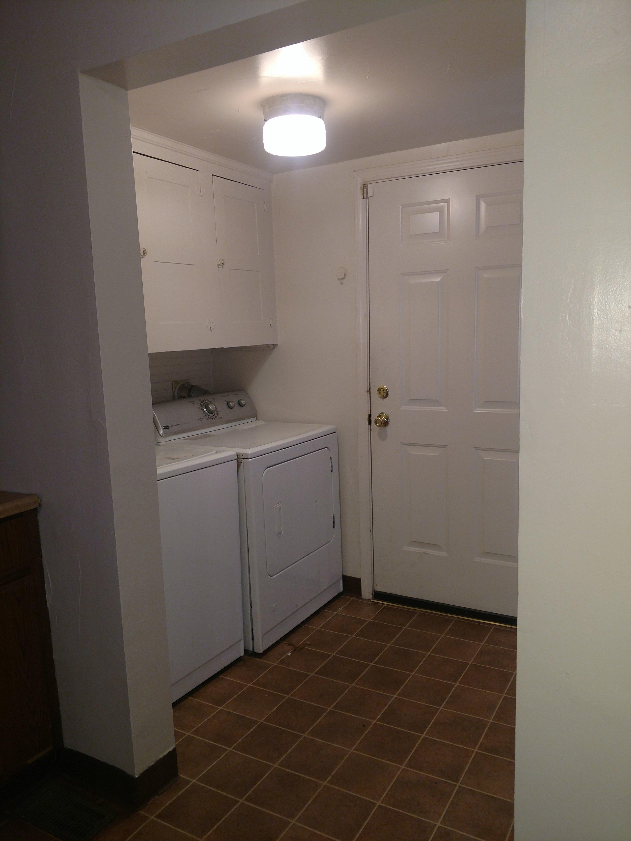 597 laundry 18.jpg