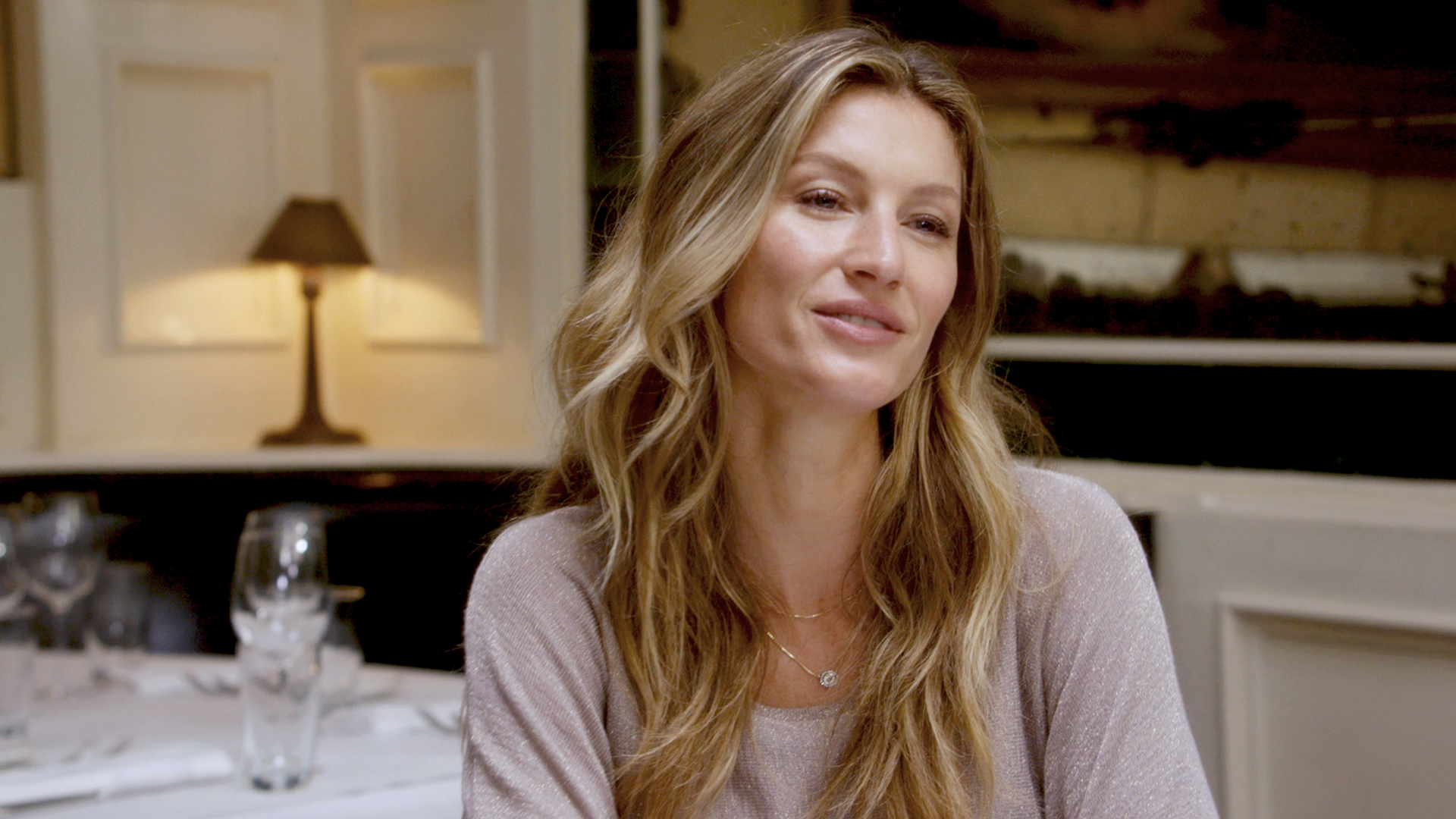 GISELE BÜNDCHEN at the beatrice