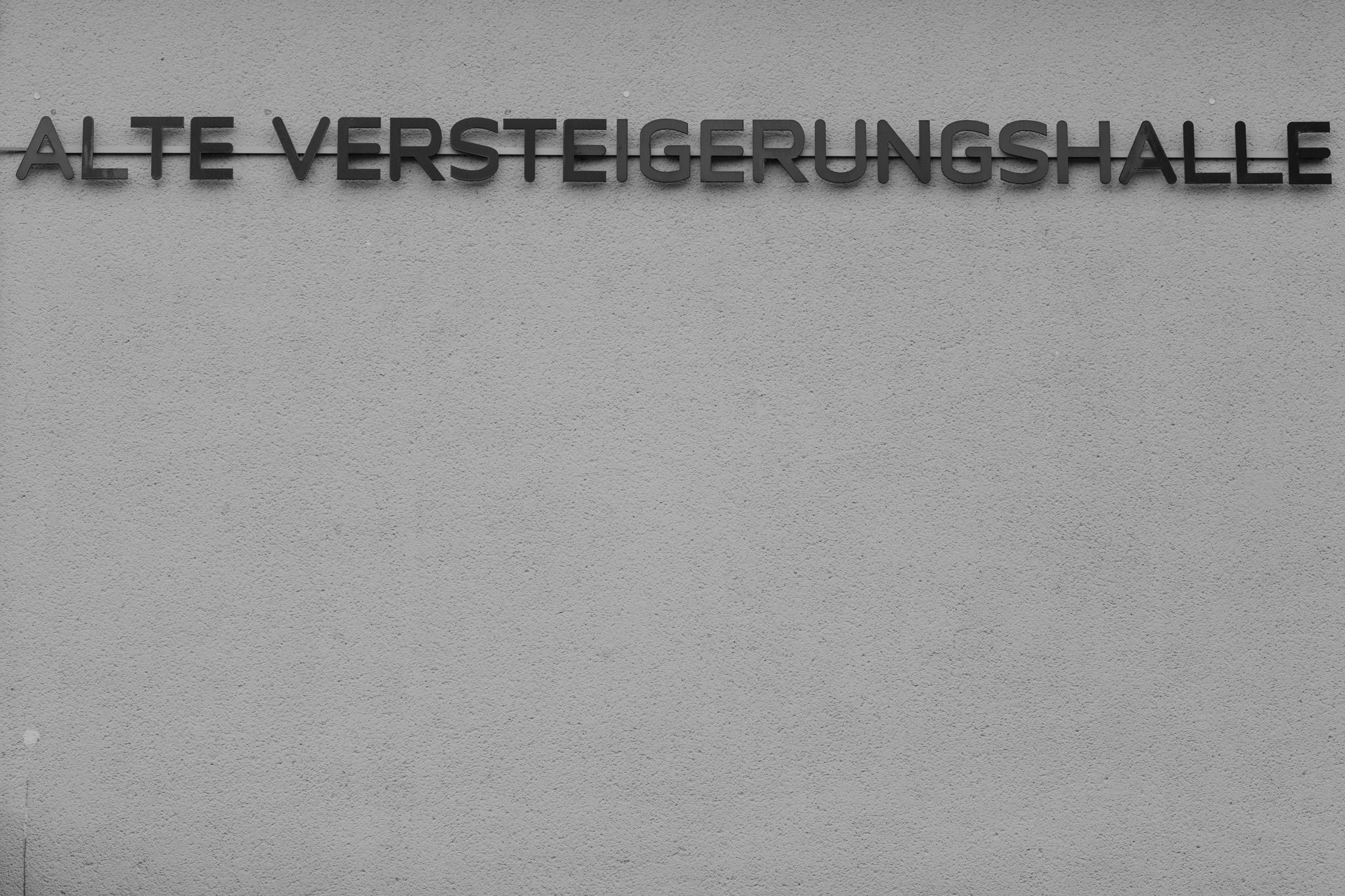 hochzeit-alte-versteigerungshalle-koeln-hochzeitsfotografie-karol-and-jens138.jpg