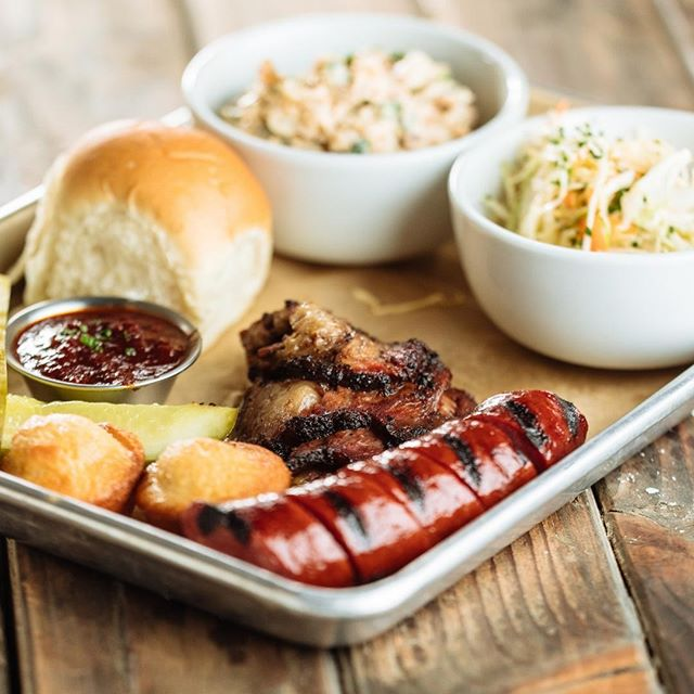 You need dinner and the Dallas Stars need the win! See you at 7! #maplelanding #fooddrinksstarsgame #gostars #dallasstars #stanleycupplayoffs #2019hockeyplayoffs #game7