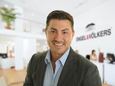 Sam Real - Million Dollar Listing Los Angeles and New YorkSold over $200 Million in Luxury Real EstateReal Estate InvestorMotivational Speaker