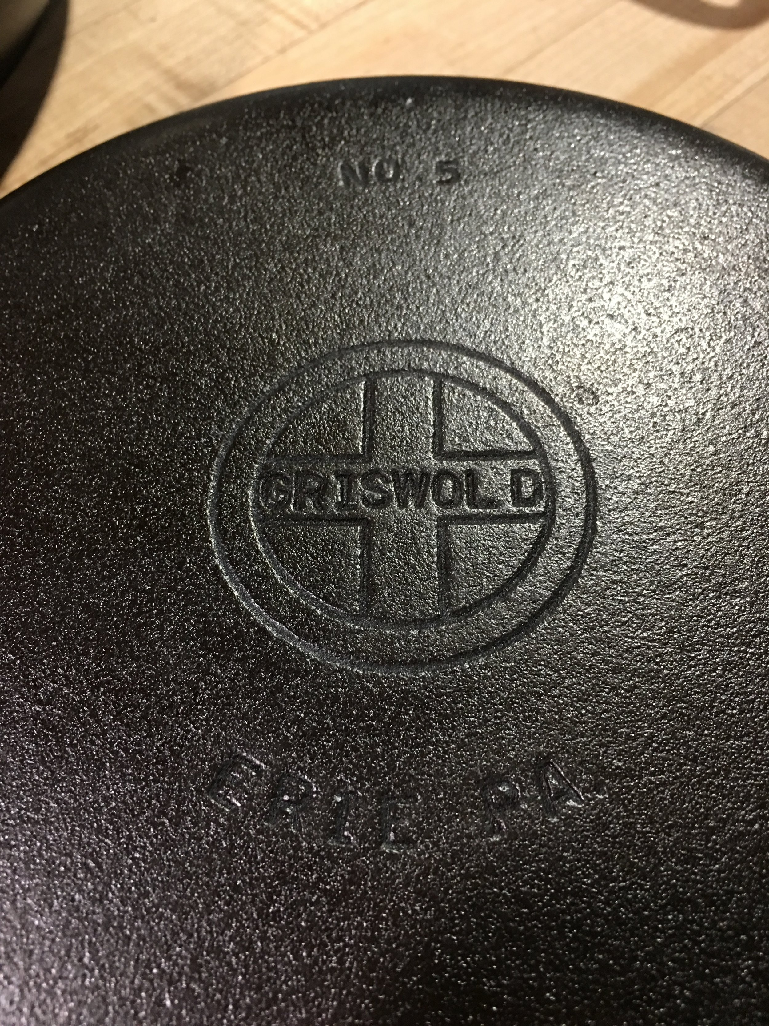 Griswold markings on cast iron - an original
