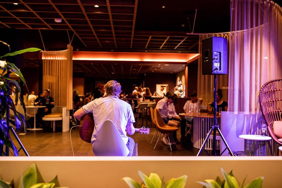 Live at Bar Uma