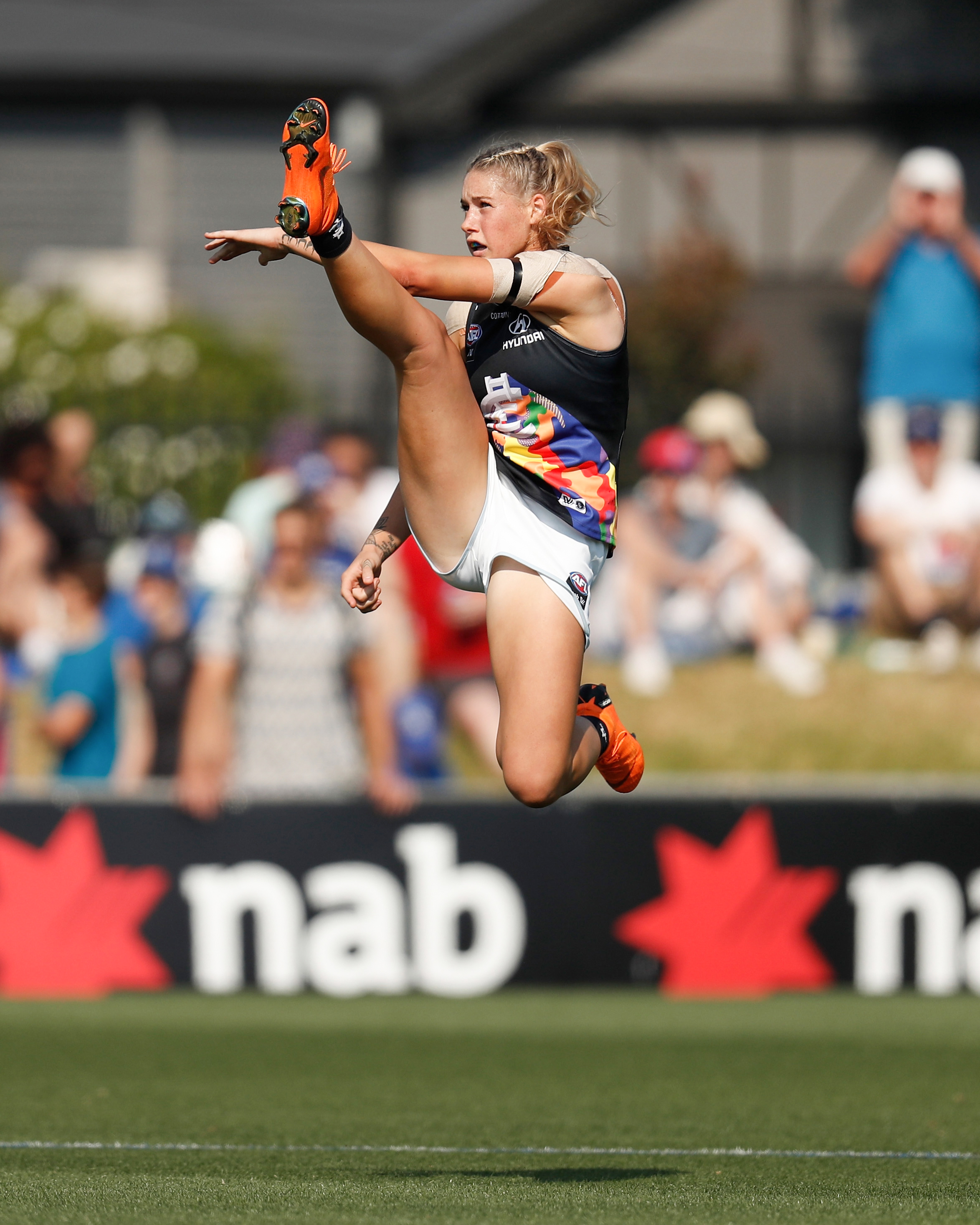 Michael Willson  'The Kick' Tayla Harris, VIC AFLW