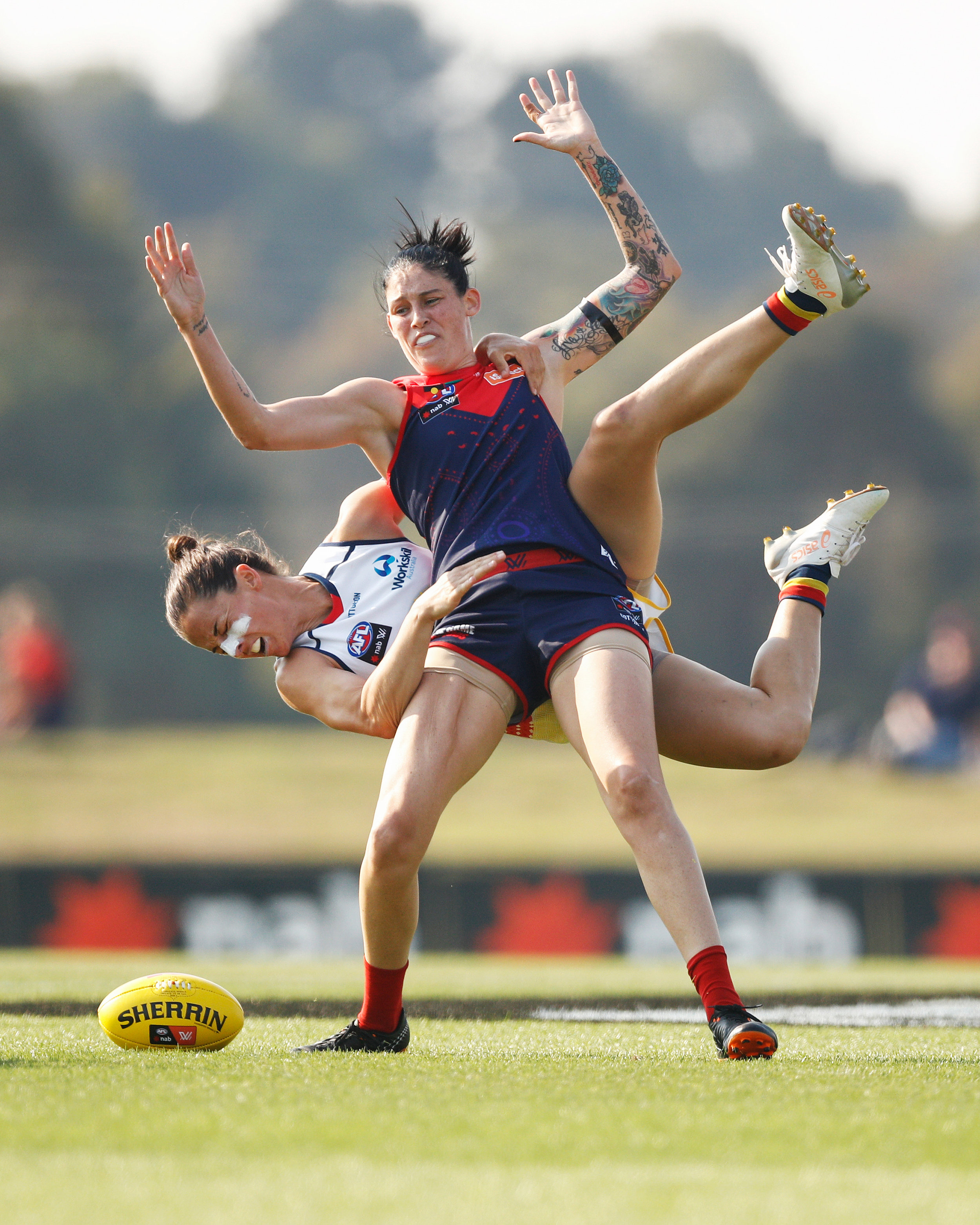 Daniel Pockett  'Clock Tackle'  Angela Foley and Tegan Cunningham, VIC AFLW