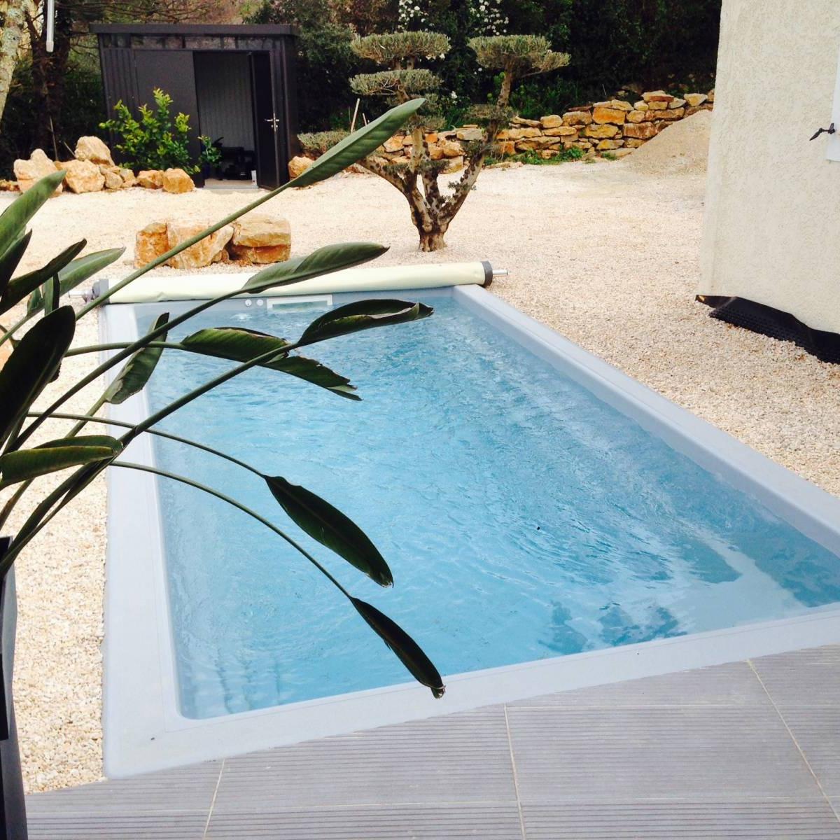 - piscine