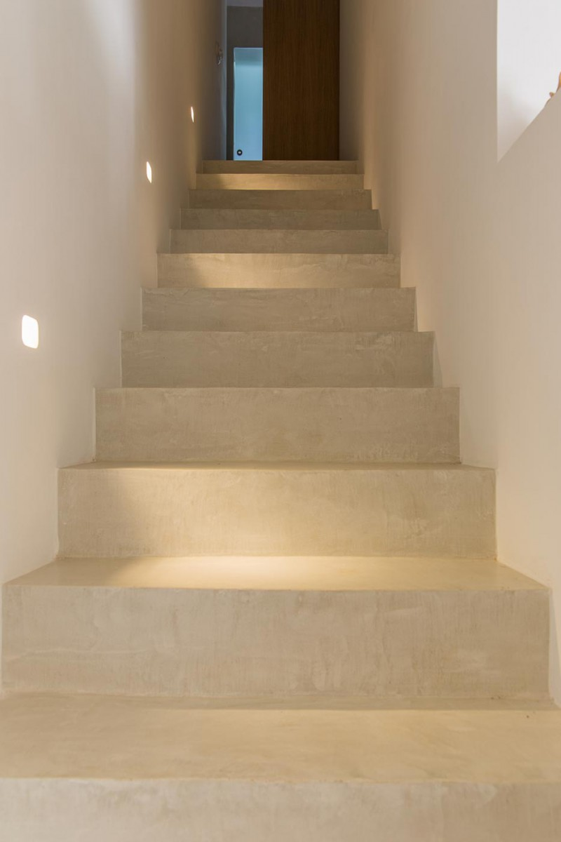 escalier en mortex, beal, maison habitat, enduit naturel, revetement de sol.jpg