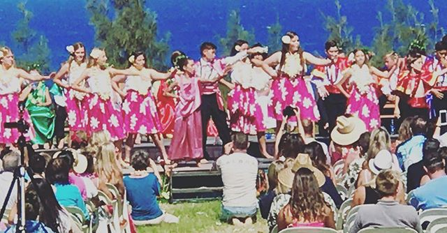 A beautiful Hawaiian May Day Festival at one of our west side schools. Maui's Best ❤️'s Maui Prep 🌺