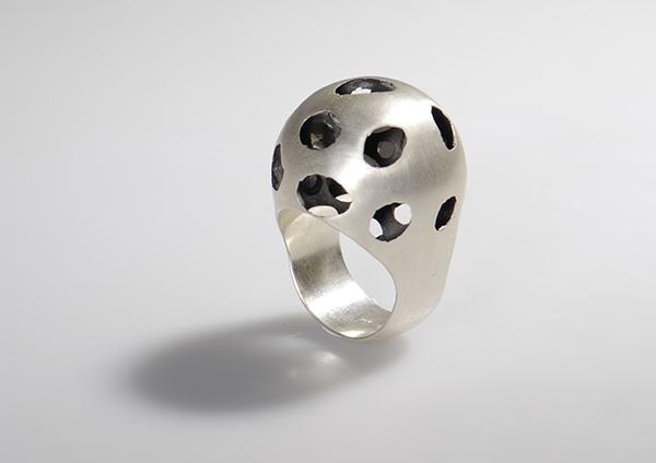 Nora Werner Schmuckdesign jewelry