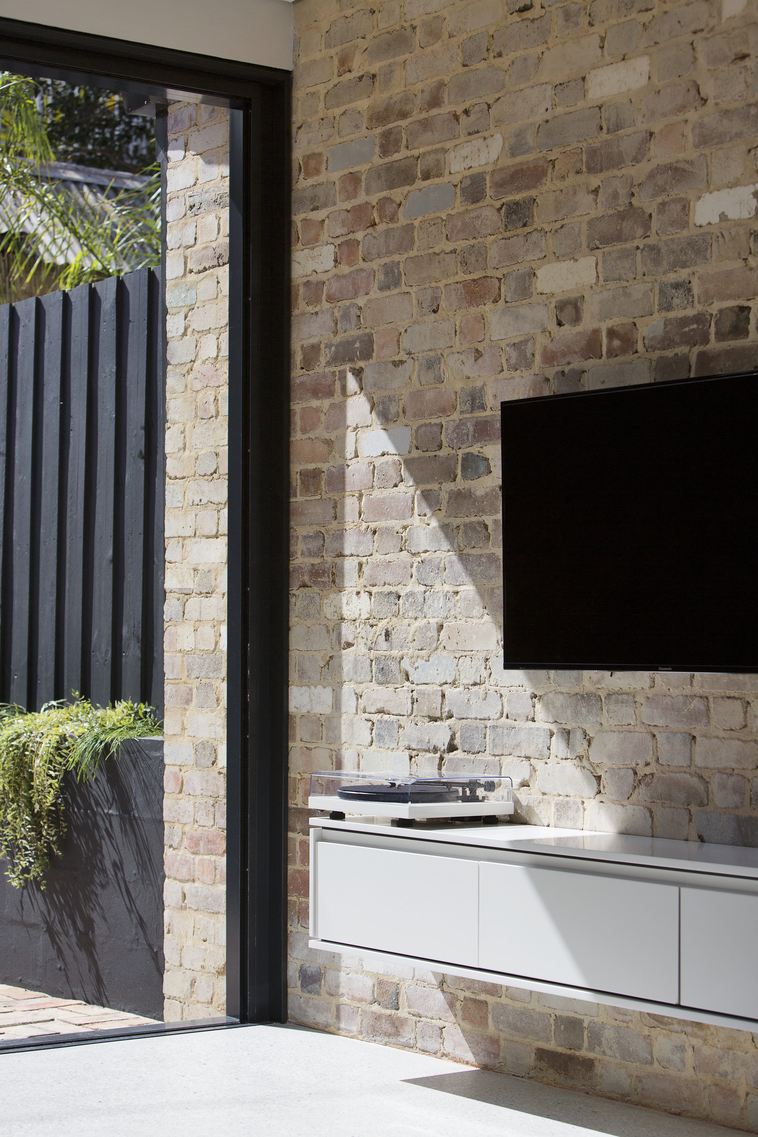 ABOUT US - If you are wanting to renovate your house, or even do a complete new build, but you're not sure where to start, we'd love to help you. even if you're just playing with the idea in your mind but not sure about where to start, or if you feel ready to commit to it, we are here to help…