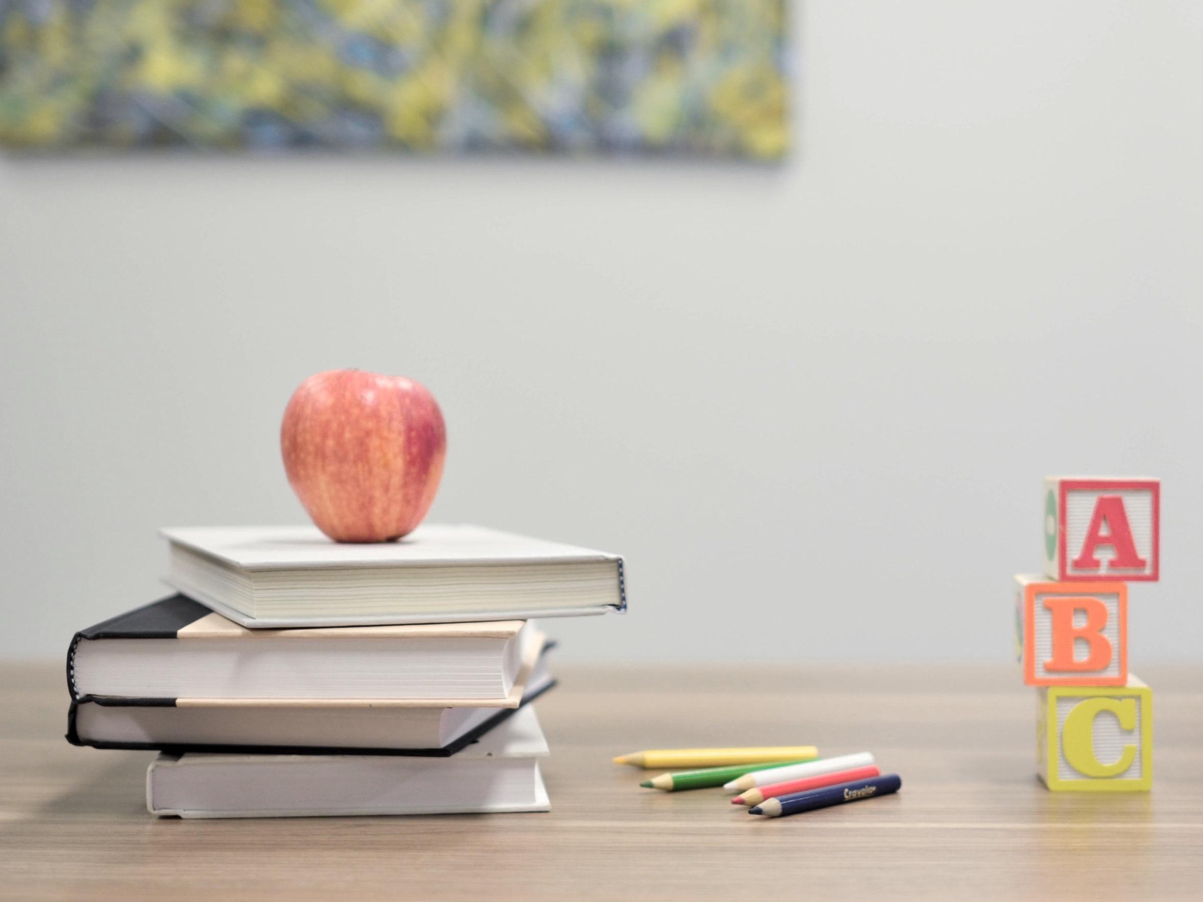 Schulen & Fortbildung - Wir verschaffen Ihnen einen Überblick über das Bildungssystem in der Schweiz und helfen Ihnen bei der Auswahl der richtigen Schule.