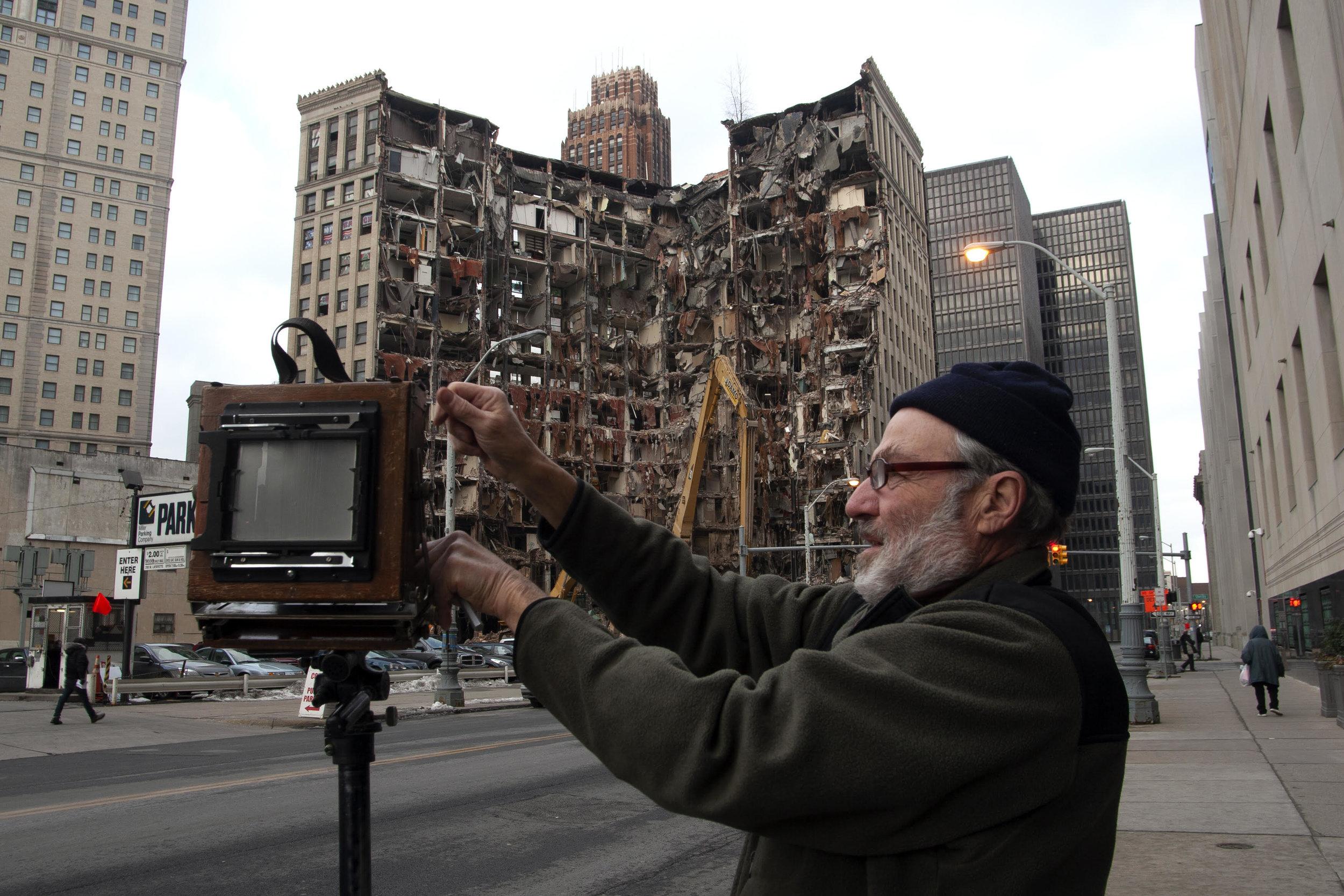 Mel Adelglass in Detroit, Michigan © Todd Weinstein