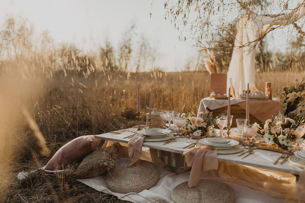 terra nomad tablescape