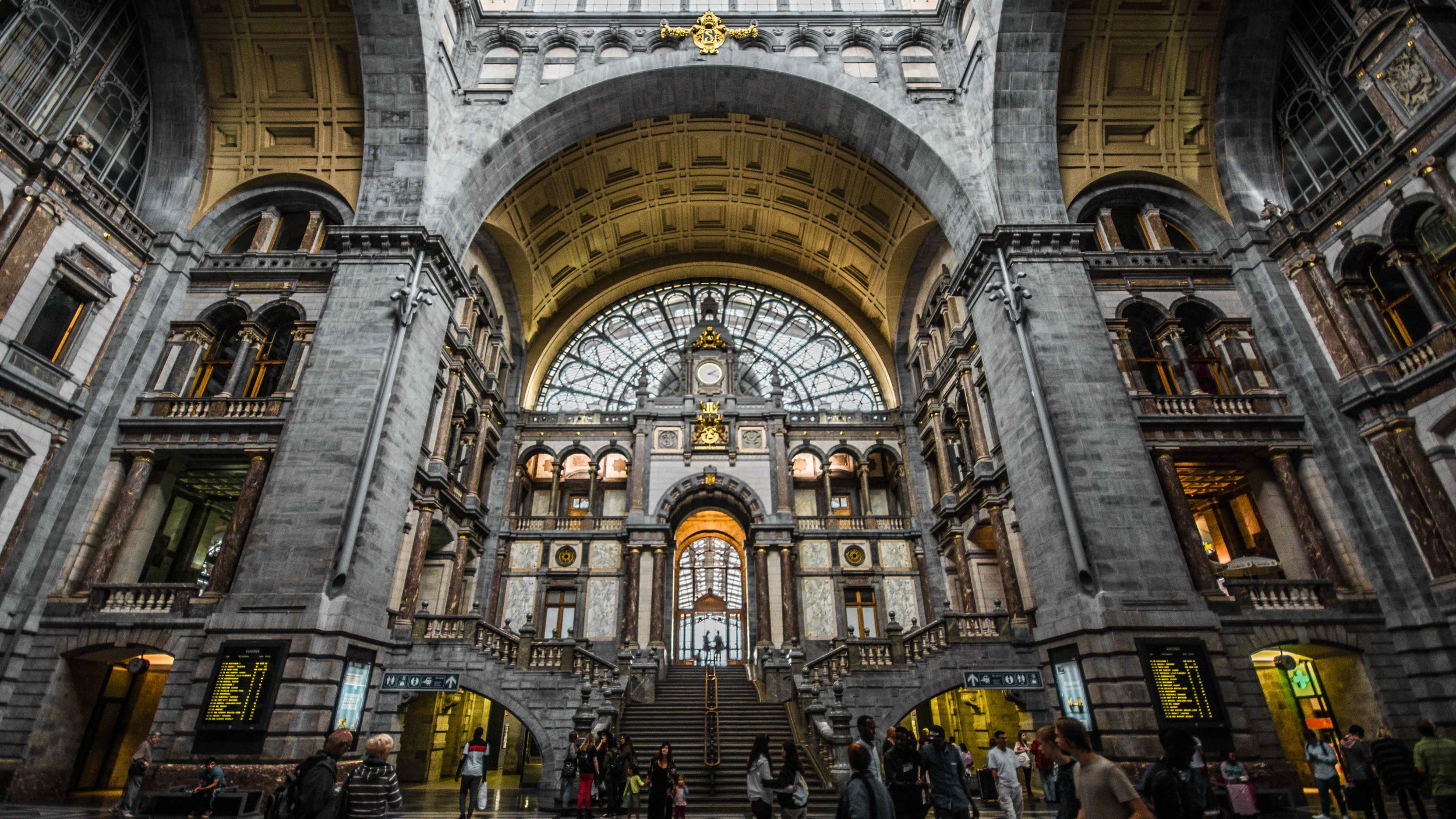 The Antwerp Central Station - our LESCAUT engraving