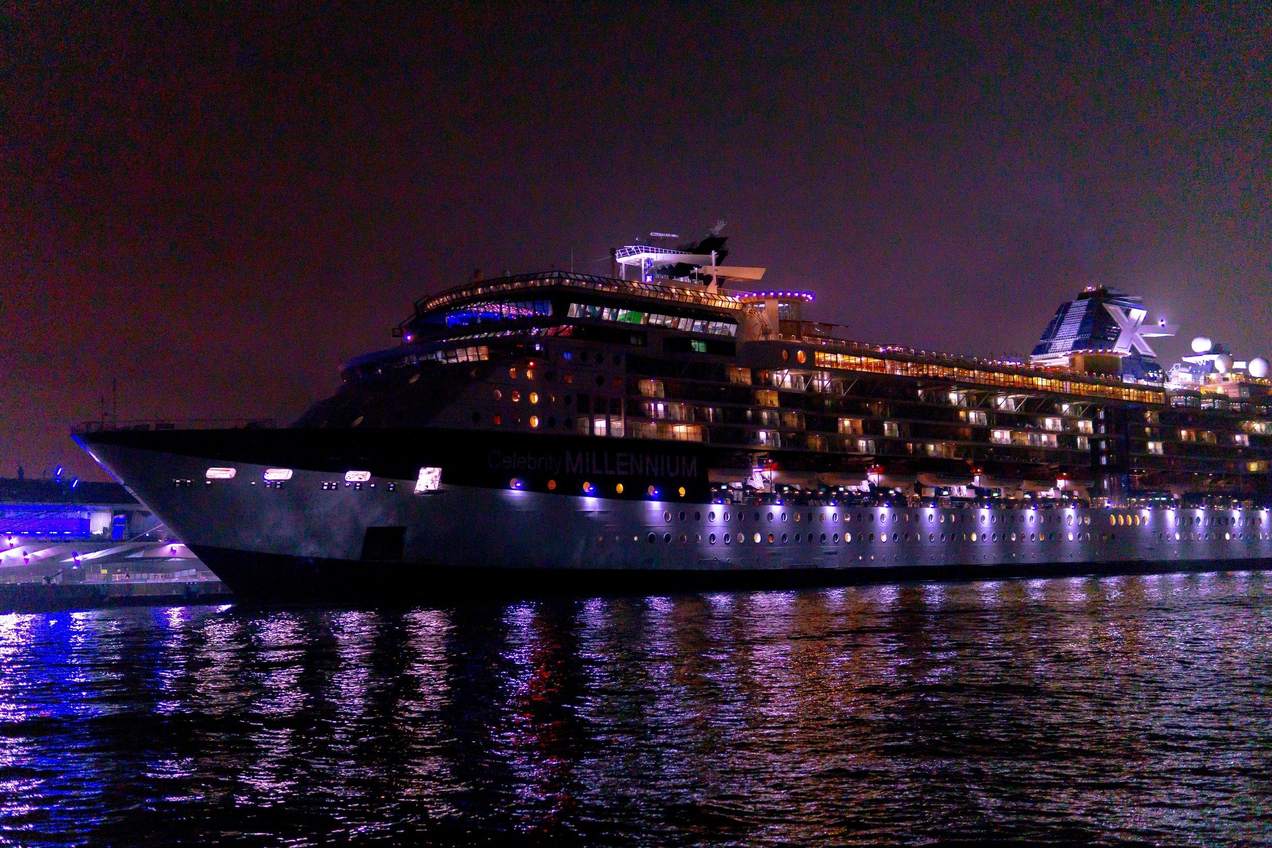 LESCAUT Antwerp Port Boat Watching