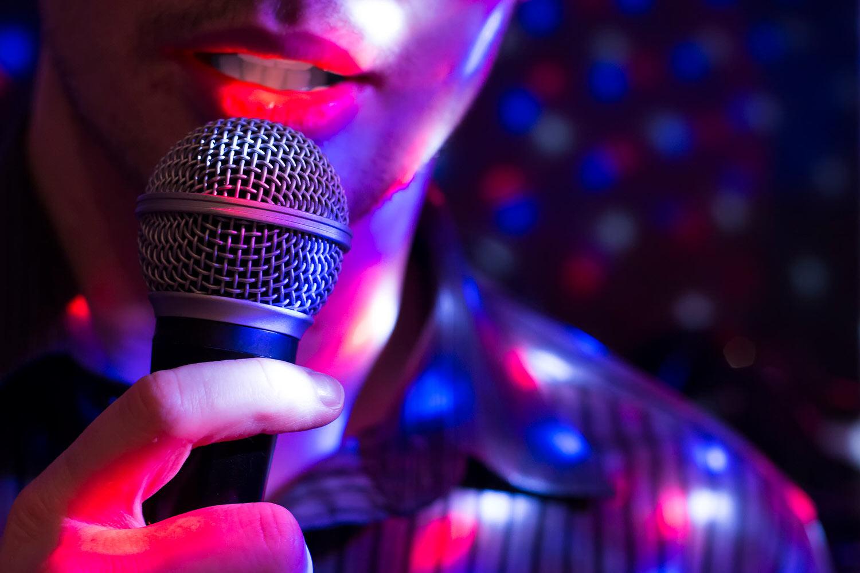 Live Entertainment -