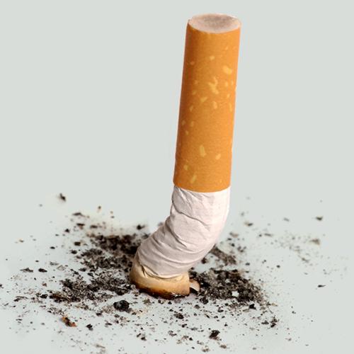 Écrasez! - Saviez-vous que votre pharmacien peut vous conseiller et vous accompagner pour arrêter de fumer? Dites adieu à la cigarette: votre corps vous dira merci!