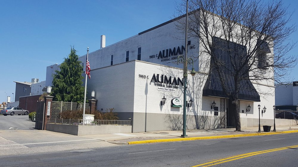 auman FH- Reading.jpg