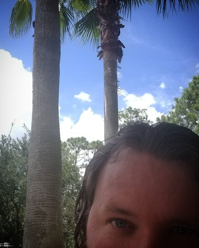 What's that? MDA is cohosting the #podcast from #Orlando?! #gasp! . #funinthesun #authorsinabstract #southernfriedradio #creators #creativeprocess #writersofig #writersofinstagram #writerslife #writer #author #authorsofig #authorsofinstagram