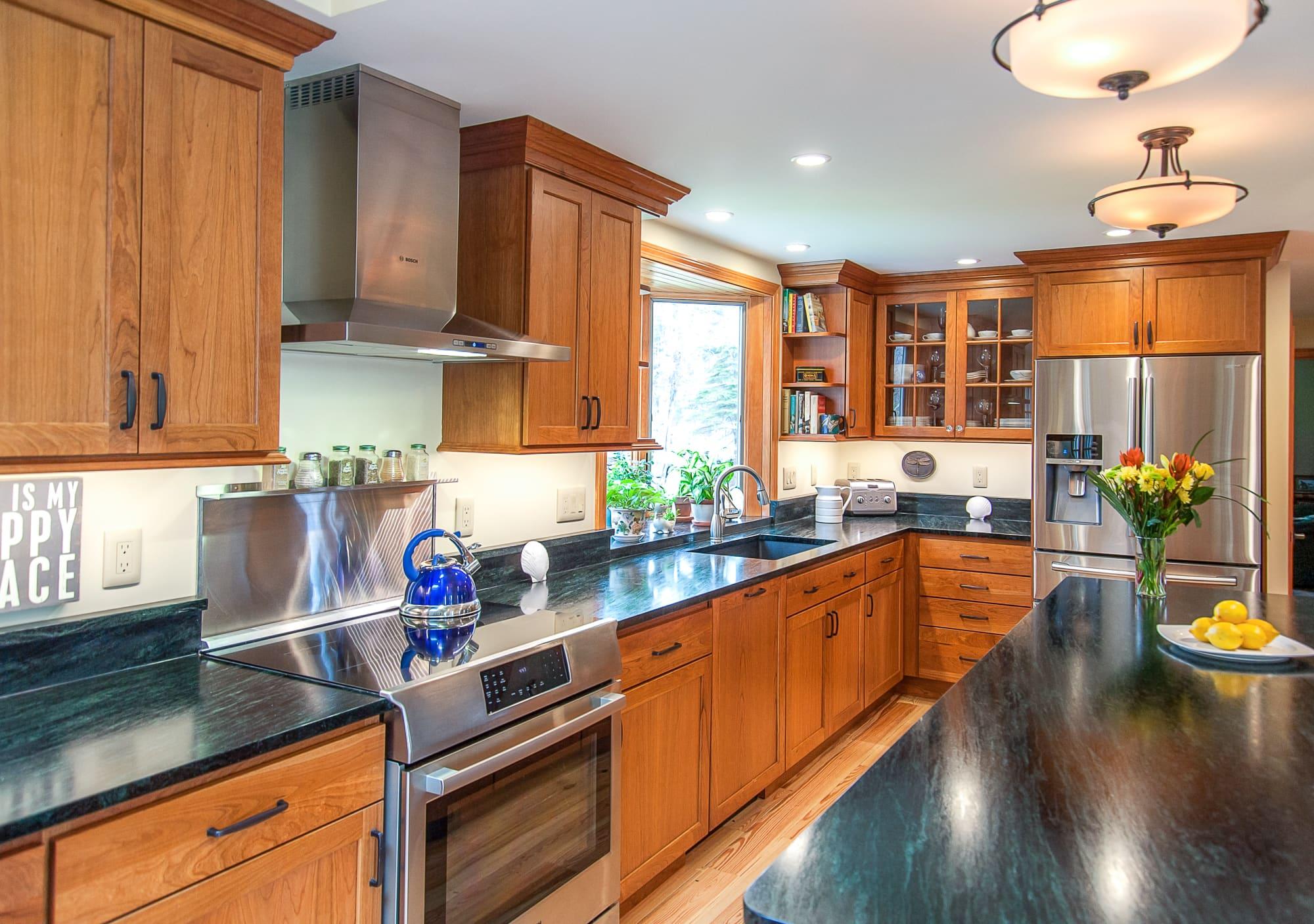 Full kitchen (1).jpg