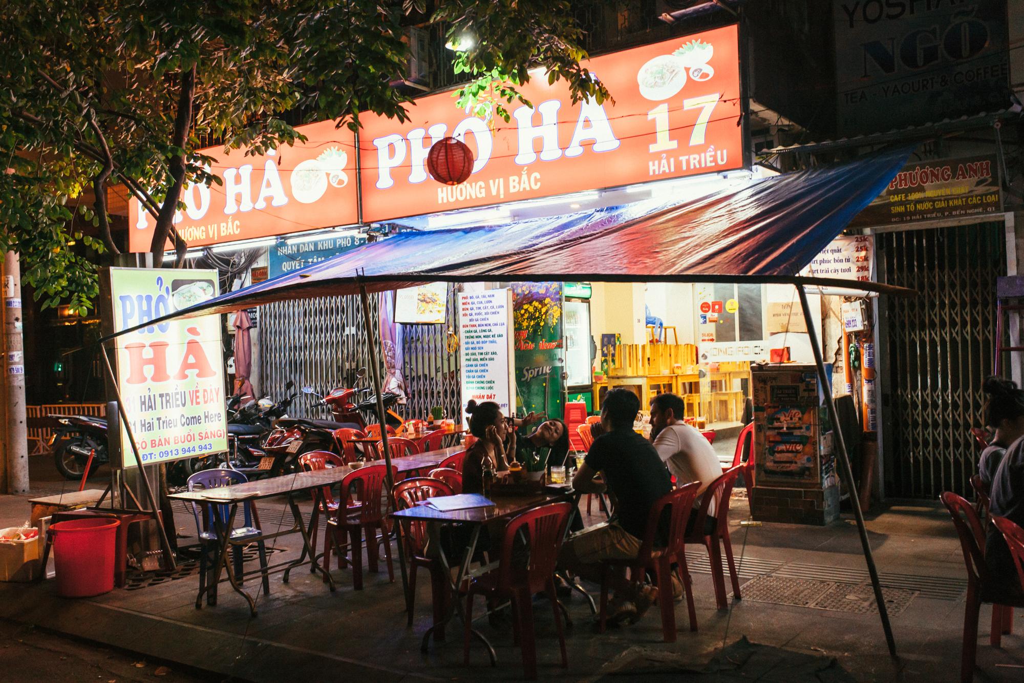 Pho Ha . 19 Hai Trieu St, District 1, Ho Chi Minh City.