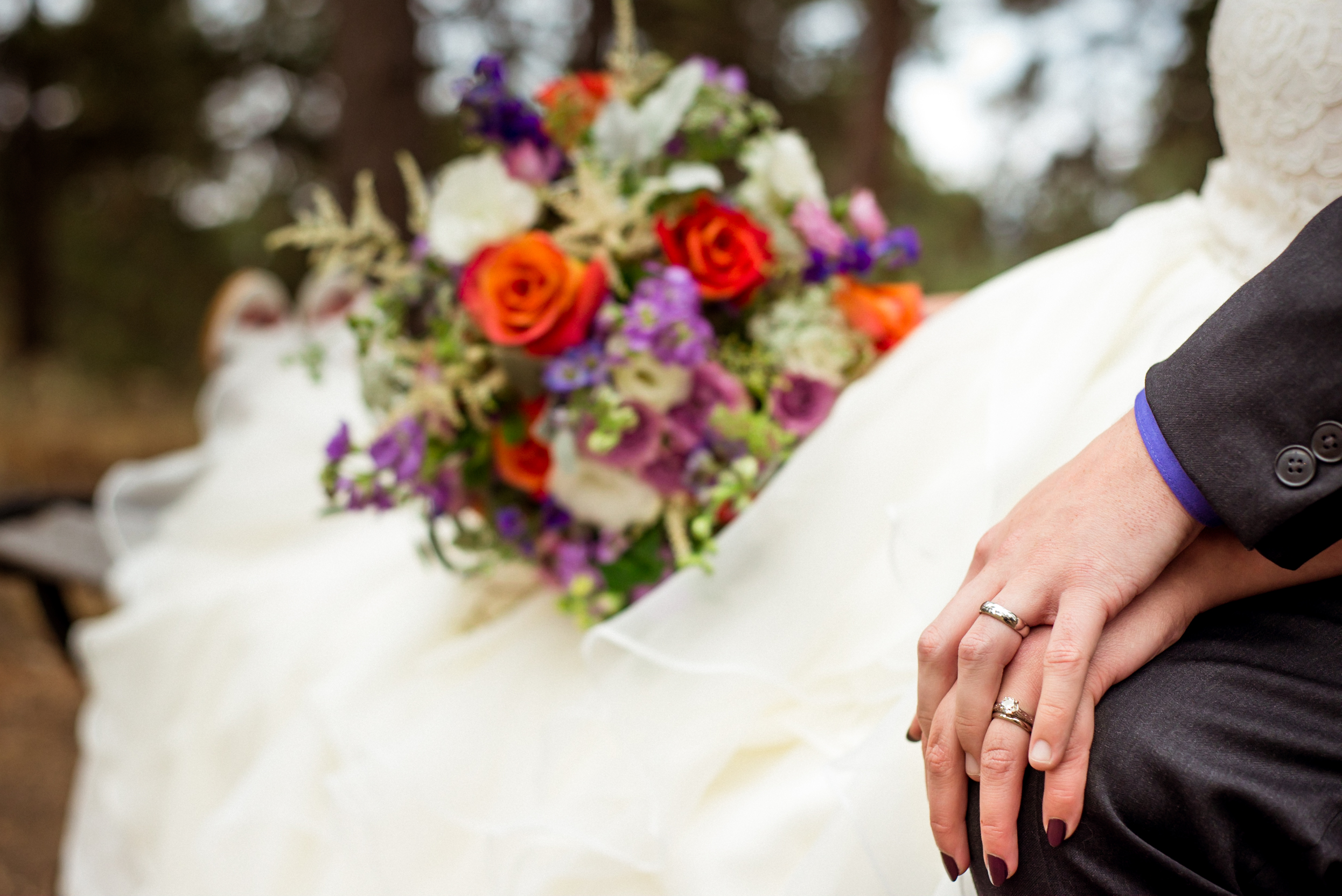 WEDDING OFFICIATING - A warm and personalized ceremony to mark the new stage of your relationship.