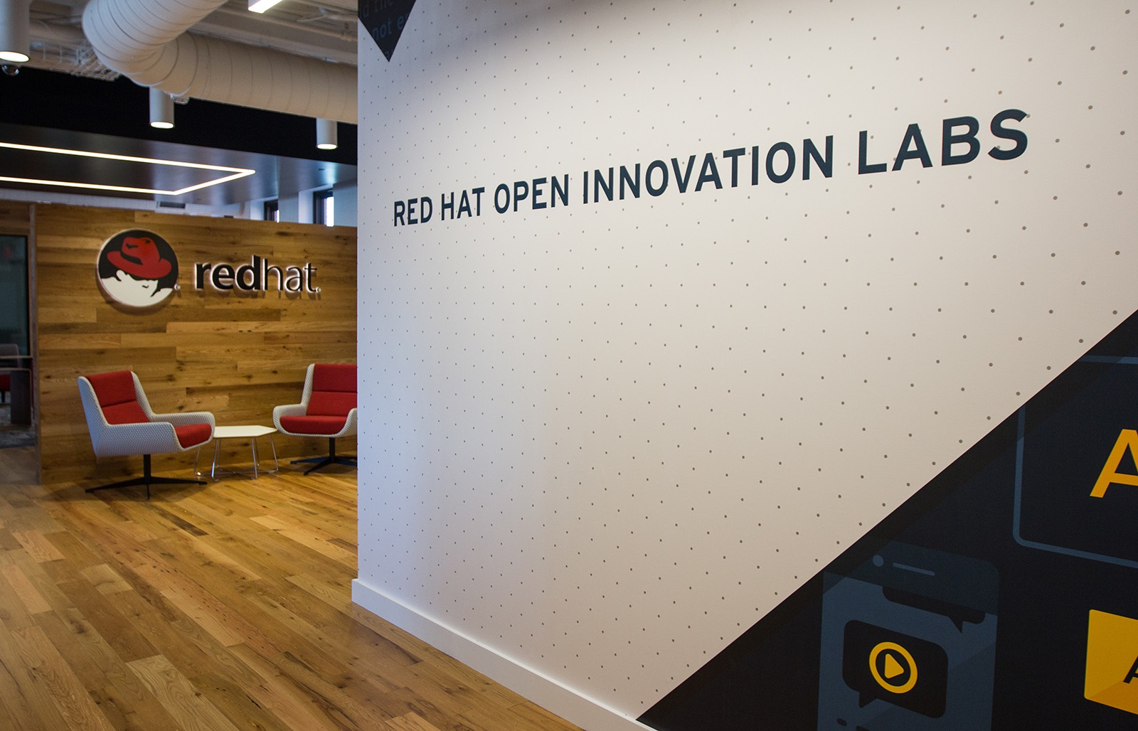 redhat-boston-office-8.jpg