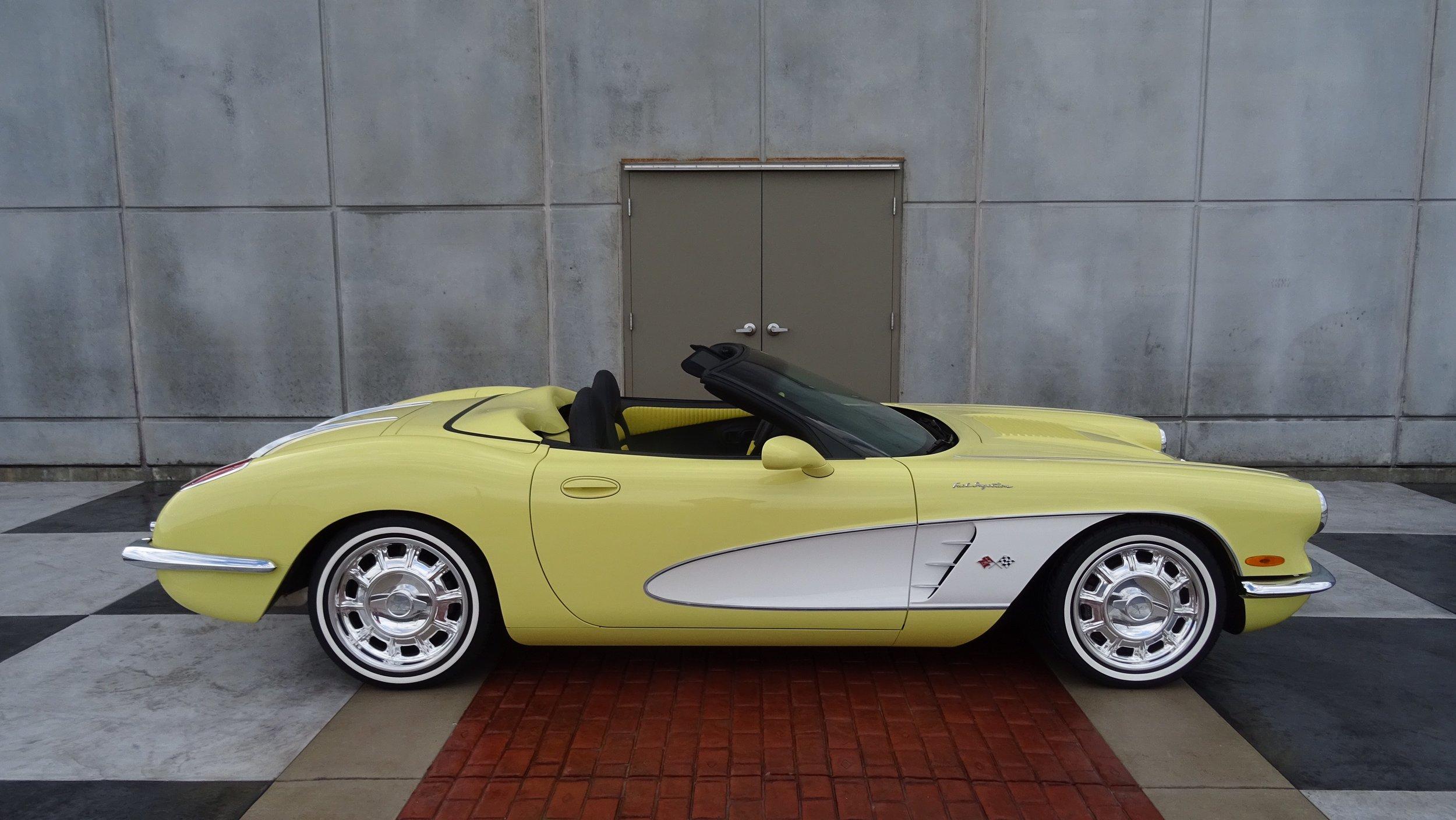 #5YW 1958 Yellow-White HCW.jpeg