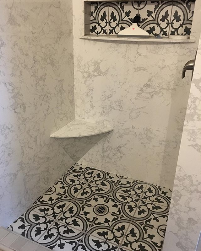 "Love how this shower turned out for @m_k_engler • Shower walls in @piedrafinamarble ""CALCUTTA BLANC"" #showerwalls#showergoals#shower#bathroomremodel#bathroomdesign#marble#quartz#granite#stone#limesstone#quartzite#sonoraca#mytuolumnecounty#shoplocal#sierrastoneinc#"