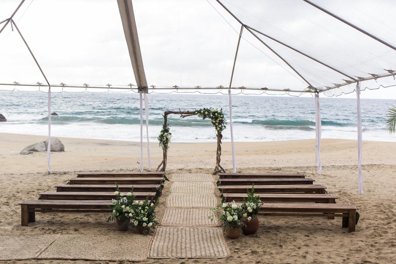 jess-michael-wedding-photos-table4weddings-dec-6-2016-11-of-391.jpg