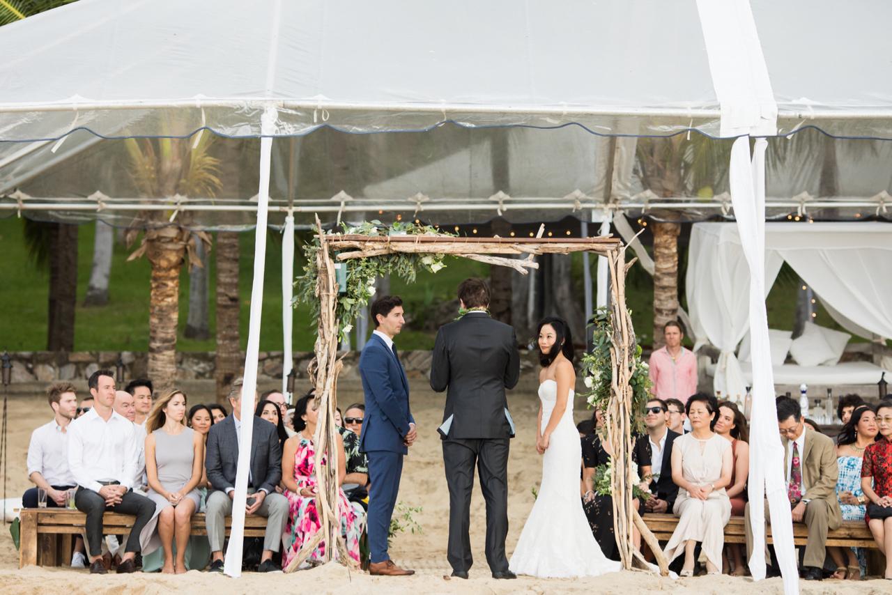 jess-michael-wedding-photos-table4weddings-dec-6-2016-21-of-39.jpg