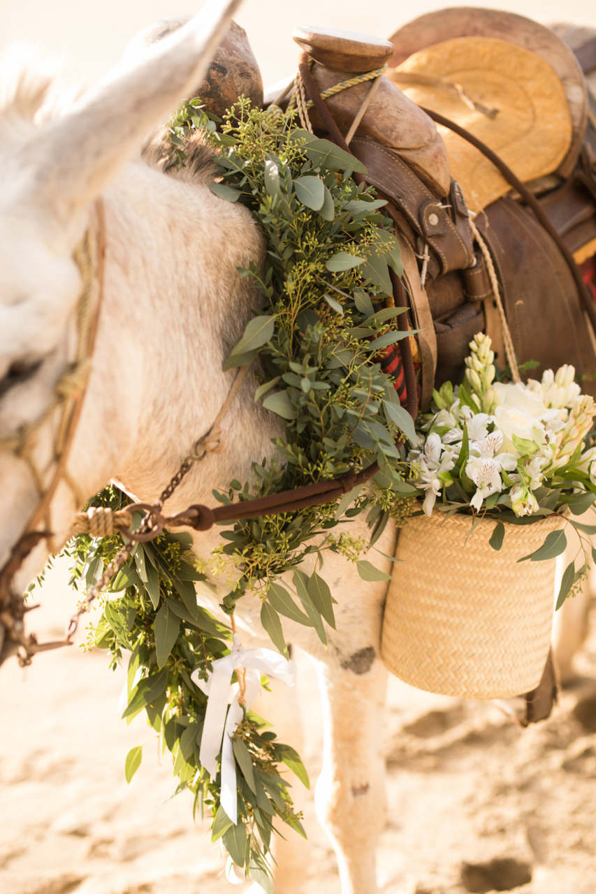 jess-michael-wedding-photos-table4weddings-dec-6-2016-29-of-39.jpg
