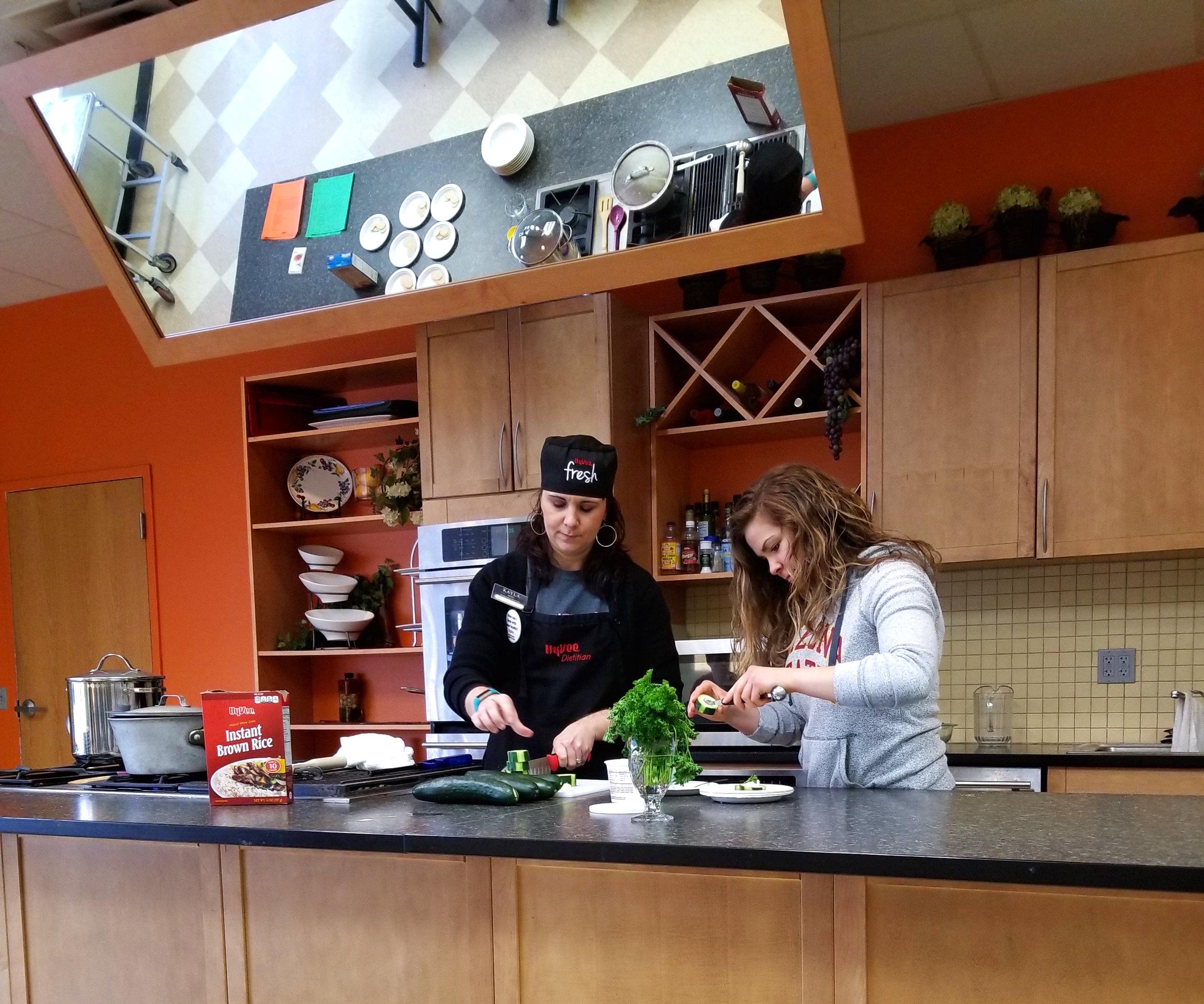 Hyvee+Cooking.jpg