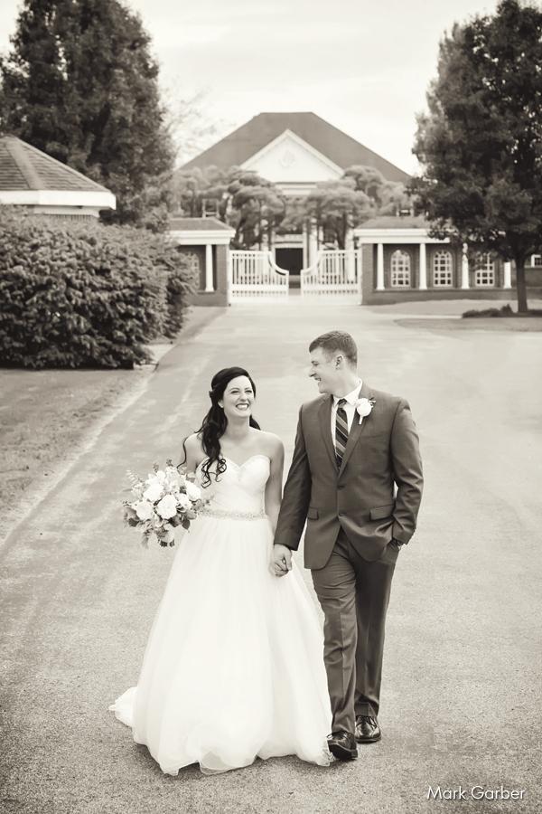 estate-sunset-fram-wedding-reception-hall-dayton-ohio-mark-garber-elite-catering_005.jpg