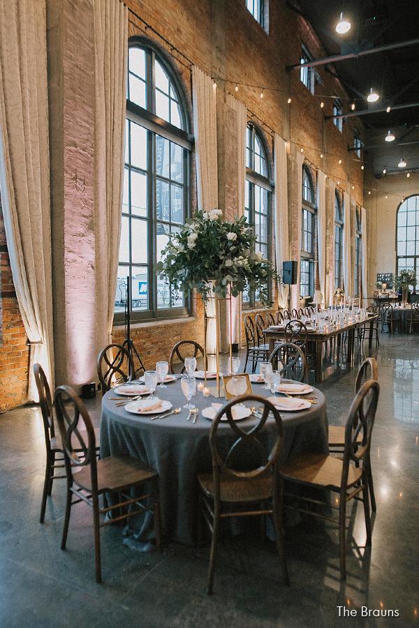 steam-plant-dayton-wedding-event-venue-elite-catering-brauns-photography_008c.jpg