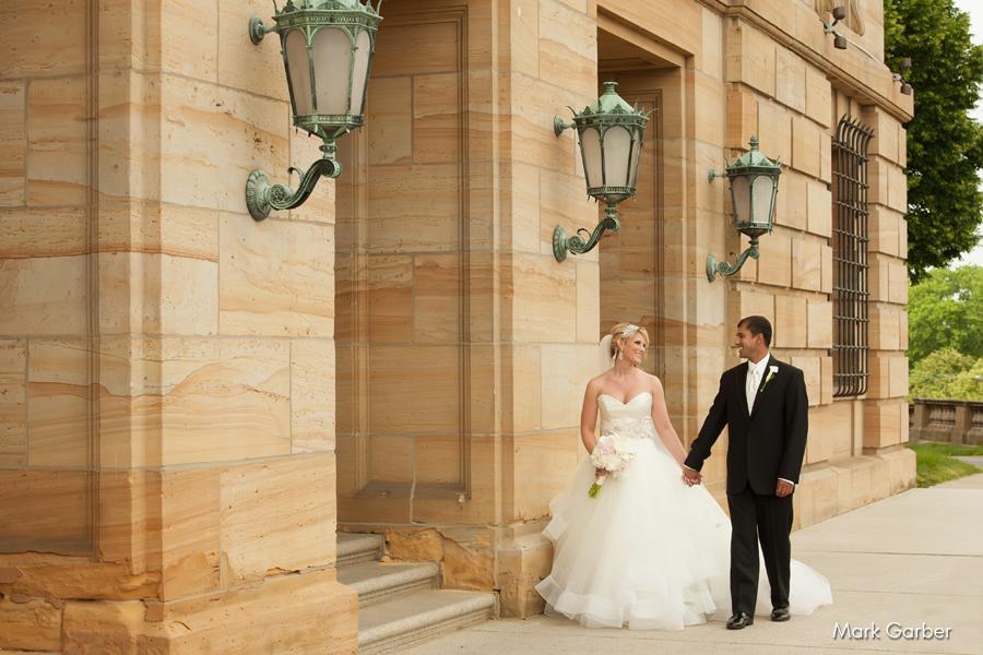 dayton-art-institute-wedding-venue-elite-catering-mark-garber-photography_006.jpg