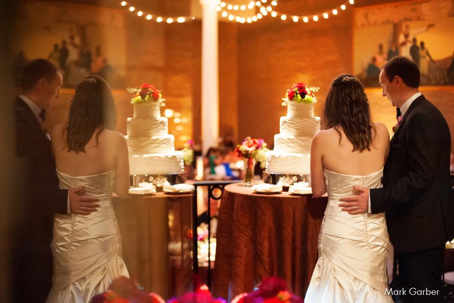dayton-art-institute-wedding-venue-elite-catering-mark-garber-photography_008.jpg