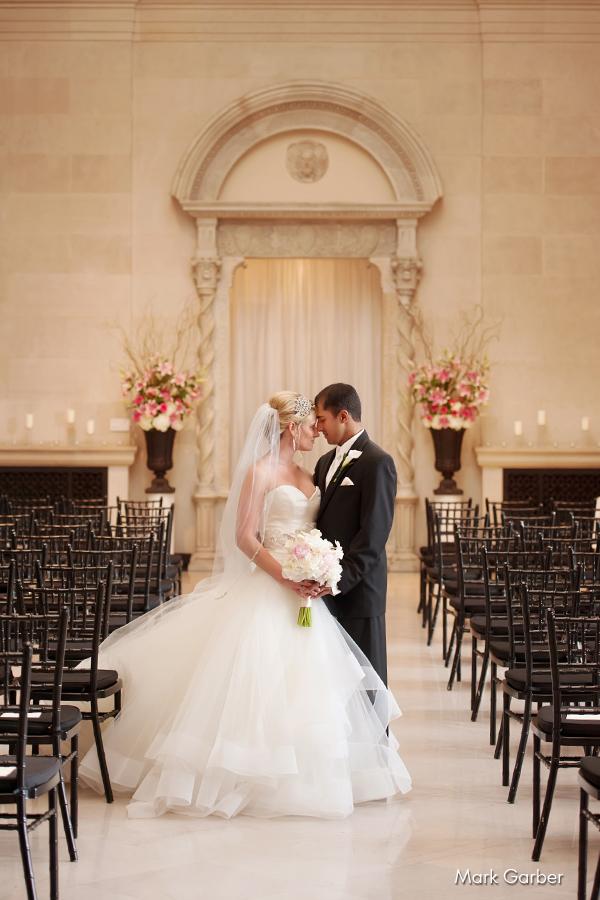 dayton-art-institute-wedding-venue-elite-catering-mark-garber-photography_016.jpg