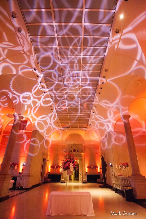 dayton-art-institute-wedding-venue-elite-catering-mark-garber-photography_021.jpg