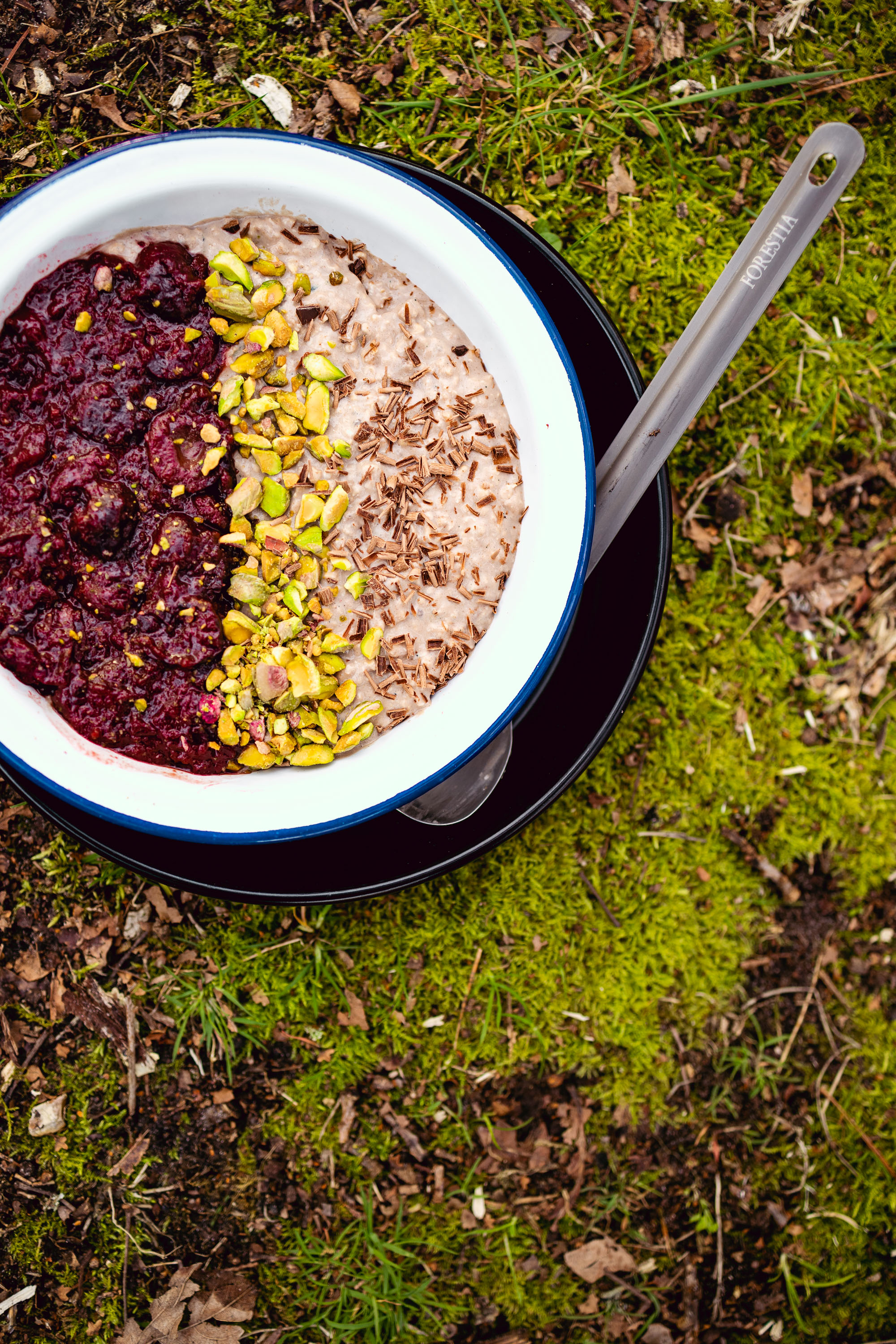 Ingredients - Overnight Oats1 cup Rolled Oats1 cup Coconut Yoghurt1 cup Almond milk4x scoops Form Peanut & Chocolate Protein Powder1 Tbsp Chia SeedsSea SaltCherry Compote250g Fresh CherriesMuscovado or Coconut Sugar to tasteTopping50g Roasted Pistachios20g Dark Chocolate