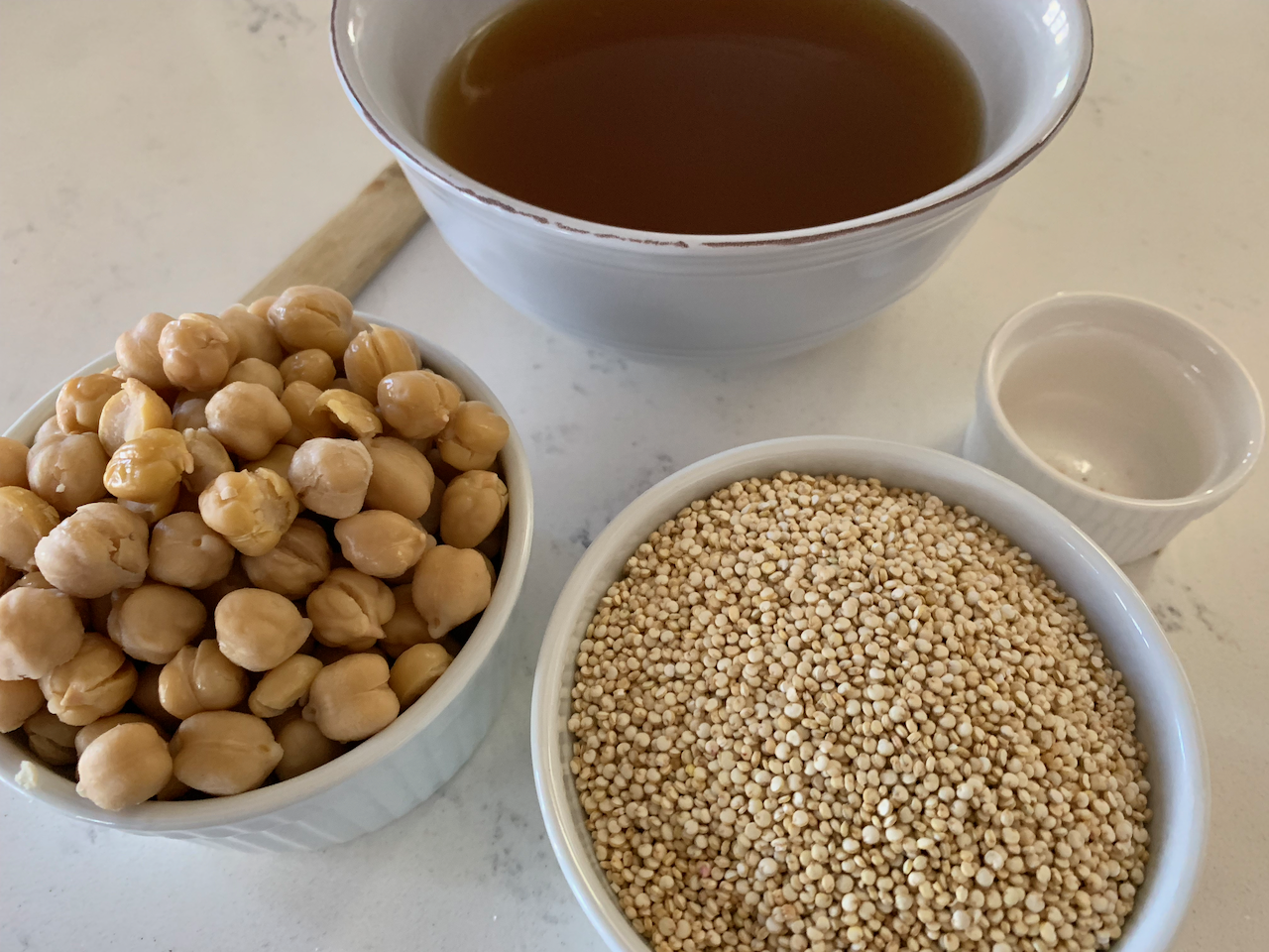 Chickpeas, quinoa & vegetable broth… flavorful, gluten free / low carb base for so many meal ideas!
