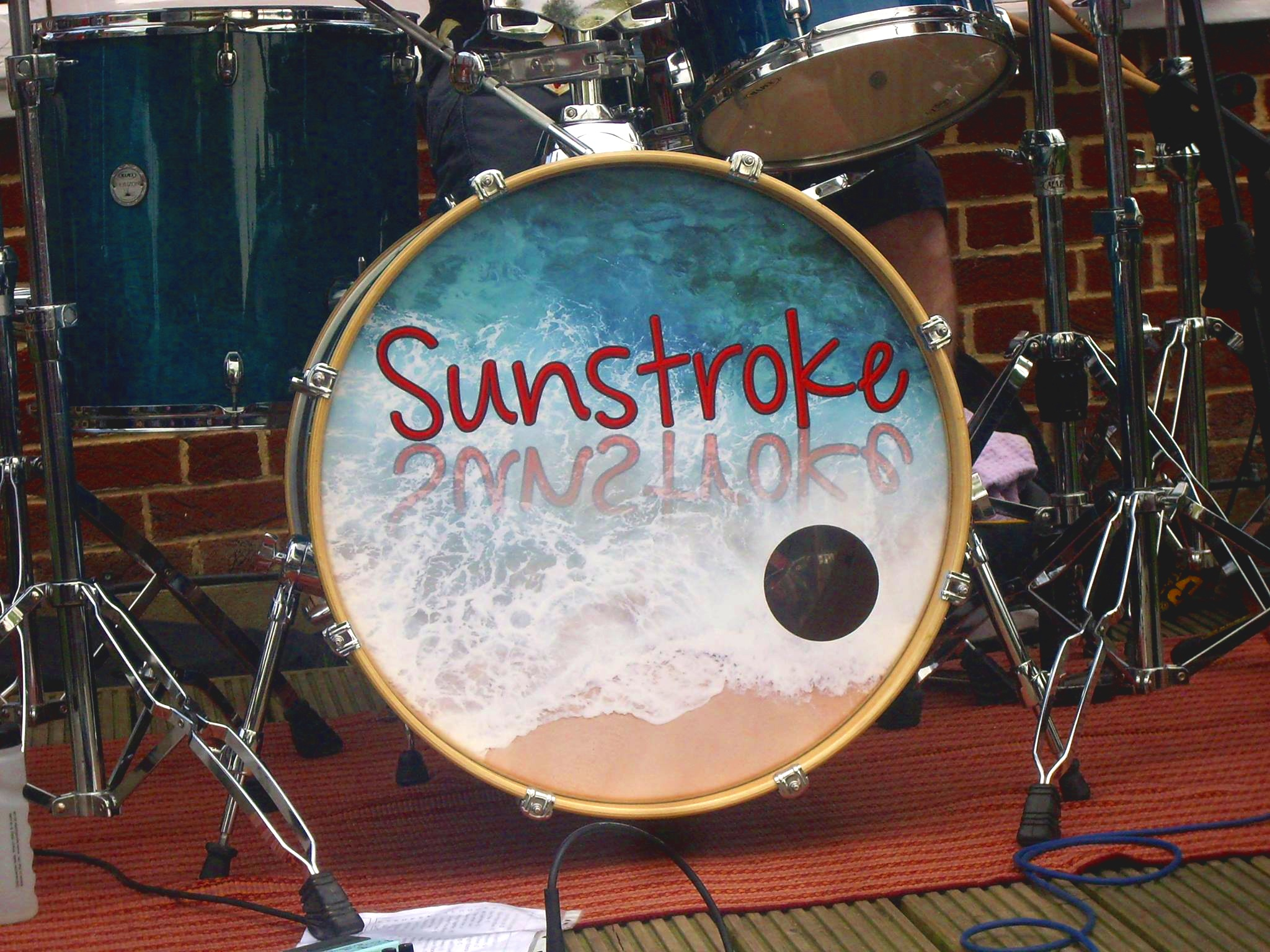 Sunstroke - Visit WebsiteSunstroke are one of Dorset and Hampshire's premier party and wedding bands. Theyperform classic songs from the 1950's right up to the present day taking in a variety of styles.The Beatles to The Black Keys, Elvis to Ed Sheeran - they've got it covered.