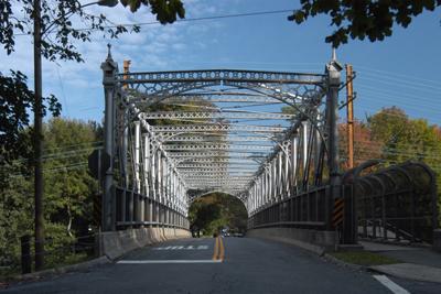 p-riverside-train-bridge-1.jpg
