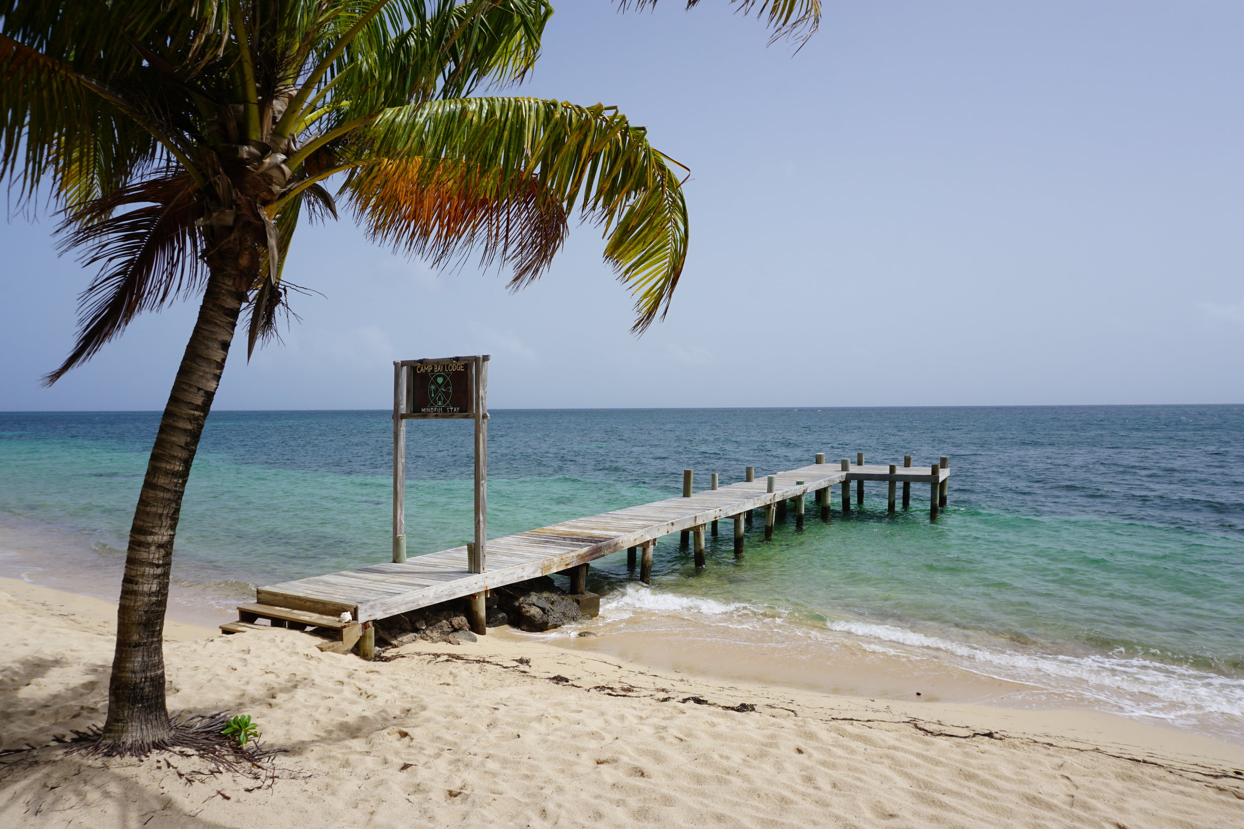 Camp Bay Lodge - Beach Resort with Kite Surfing | Roatan